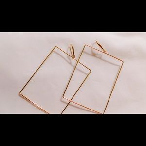 The Marilyn Square Hoop Earrings